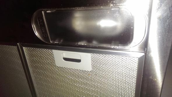Glühbirnenfach der Abzugshabe  - (Technik, Elektronik, wohnen)