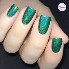 Wie denkt ihr über grünen Nagellack?