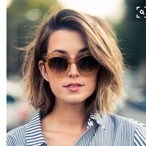 Berühmt Wie die Haare so voluminös stylen? (Mädchen, Frisur, Style) &PN_64