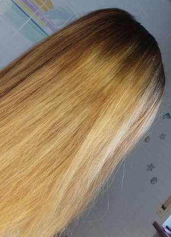gesamtes Haare mit hellen und dunklen Stellen - (Haare, Farbe, färben)