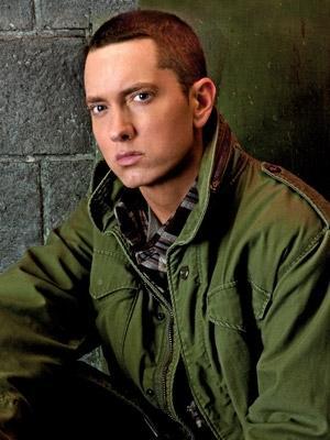 Mit längeren Haaren - (Haare, Frisur, Eminem)