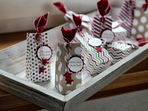 wie faltet man diese art von verpackung geschenk basteln diy. Black Bedroom Furniture Sets. Home Design Ideas