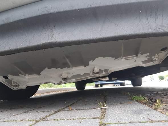 Wie fiel kostet Unterfahrschutz Befestigung beim Auto?