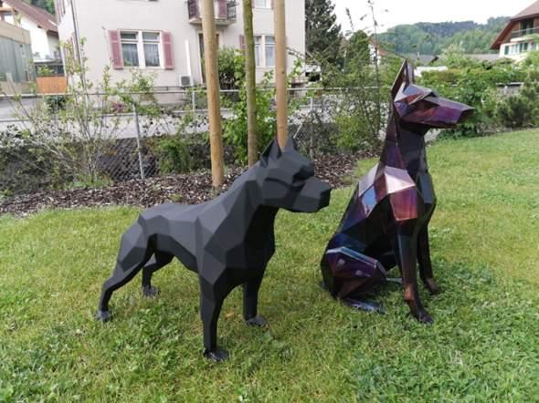 Wie findest du diese rostfreie Metall Skulptur/Figuren?