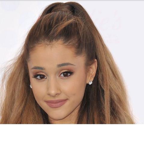 Ariana - (Ariana Grande, Arianators)