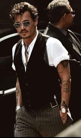 Wie findet ihr den Style von Johnny Depp 😍?