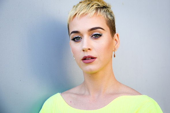 2B - (Haare, Frisur, Katy Perry)