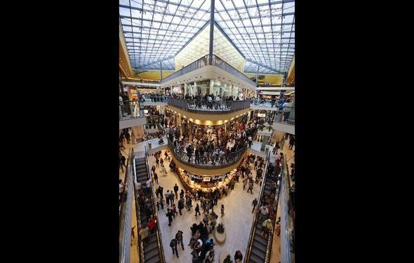 ein weiters Bild vom Inneren der Thier Galerie - (Mode, shoppen, Stadt)