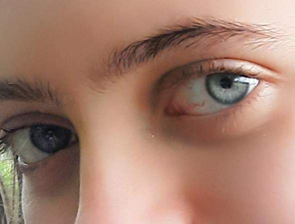 How do you find this eye color?