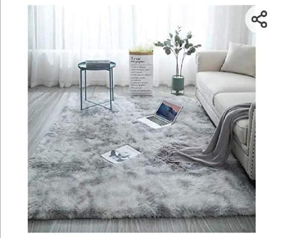 Wie findet ihr diesen Teppich?