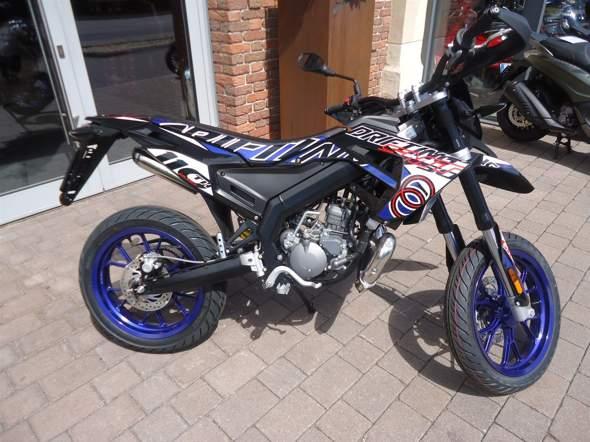 Wie findet ihr mein neues Moped?
