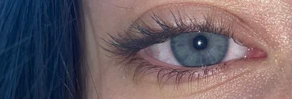 Wie findet ihr meine Augenfarbe?