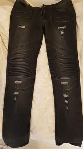 Wie findet ihr meine black kaviar Biker Jeans?