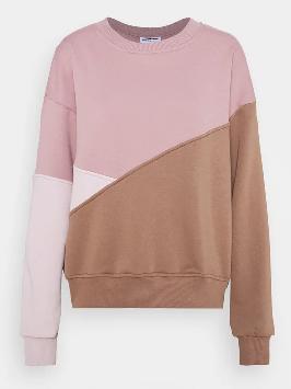 Wie findet ihr Sweatshirts mit schräg angeordnetem Colorblocking?
