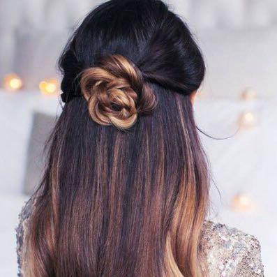 Frisur Blumen Im Haar Yskgjt Com