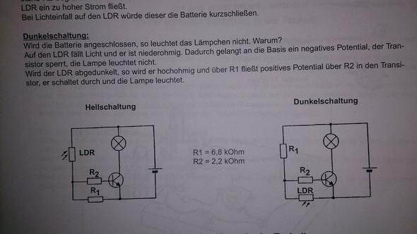 wie funkioniert eine Dunkelschaltung? (Schule, Technik, Elektrotechnik)