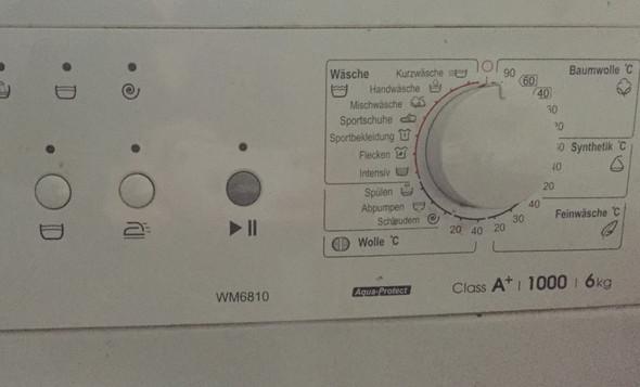 Hallo ihr lieben ich wollte fragen ob jemand ne Ahnung hat wie die Waschmaschine - (Frauen, Haushalt, Waschmaschine)