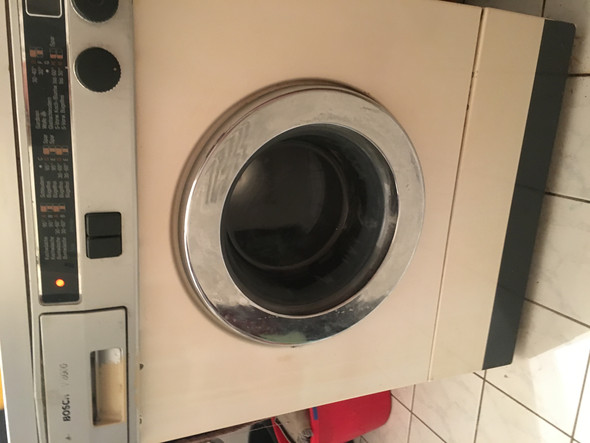 wie funktioniert diese waschmaschine. Black Bedroom Furniture Sets. Home Design Ideas