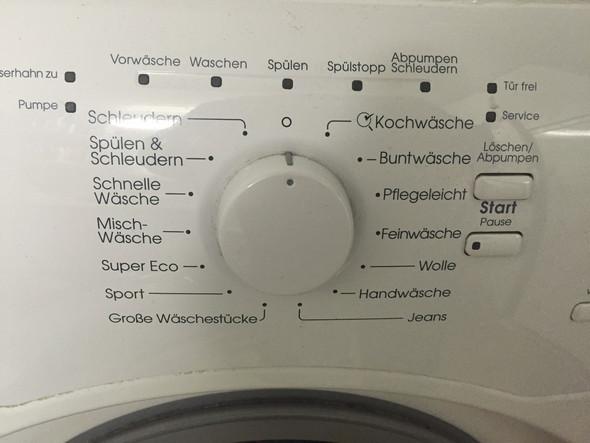 Links  - (Technik, wohnen, Waschmaschine)