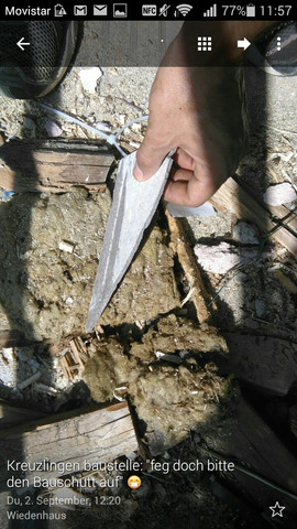 solche kaputten platten entdeckte ich im bauschnutt. - (Gesundheit, Asbest)