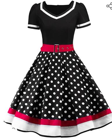 Wie gefällt euch denn das Kleid?