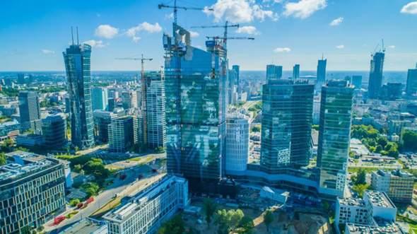 Wie gefällt euch die Warschauer Skyline? Und wie gefällt sie euch verglichen mit anderen Europäischen?