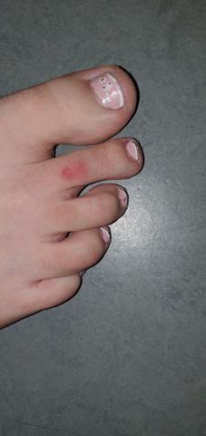 💅Wie gelungen ist dieses Fußnageldesign? Zu kindisch?