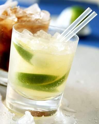 Wie gerne mögt ihr Vodka Lemon trinken?