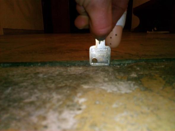 Fußboden Unebenheiten Ausgleichen ~ Wie große unebenheiten bei einem gefliesten boden ausgleichen