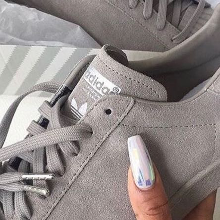 SchuheSondermodellOnline heißen diese Wie Adidas grauen ID29EH