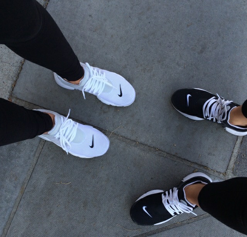 Schuhe Nike  - (Schuhe, Nike)
