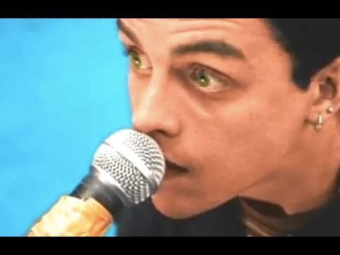 Billie Joe Armstrong - (Musik, Piercing, Green Day)