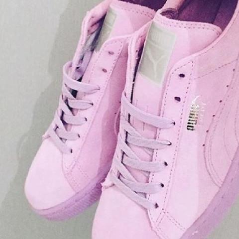 Das sind die schuhe - (Schuhe, Eisa)