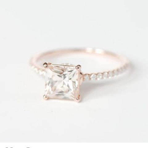 Verlobungsring  - (Farbe, Gold, Ring)
