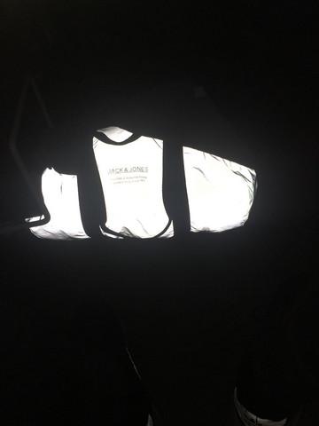 Wie heißt die Tasche, die beim Fotografieren leuchtet?