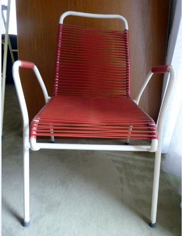 wie hei t diese art von stuhl mit geflochtenem gummi. Black Bedroom Furniture Sets. Home Design Ideas