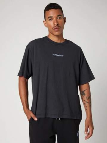 Wie heißt diese Art von T-shirt?