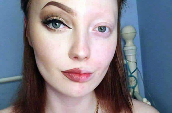 Diese frau - (Krankheit, Make-Up)