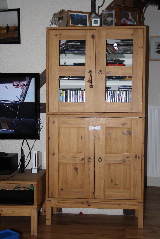 Wie heißt dieser Ikea Wohnzimmerschrank? siehe Link