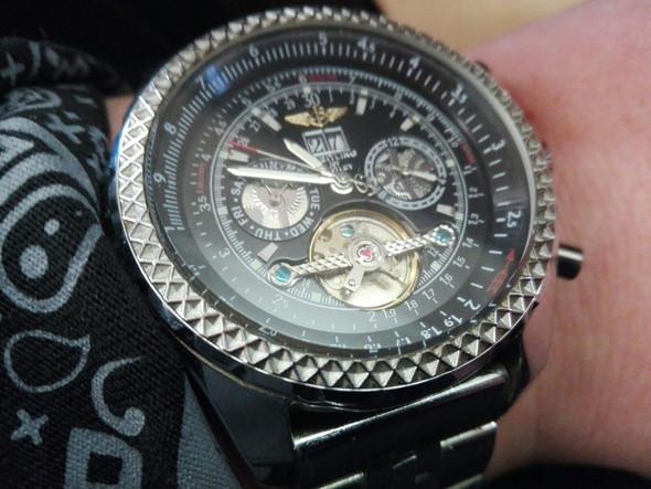 Uhr - (Uhr, Modell, Breitling)