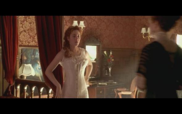 von vorne - (Mode, Rosen, Titanic)