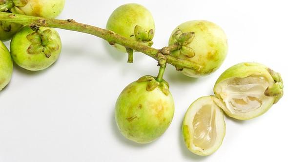 Wie heißt dieses Frucht (siehe Beschreibung?