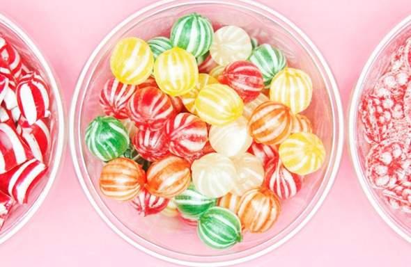 Wie isst du Zuckerl?