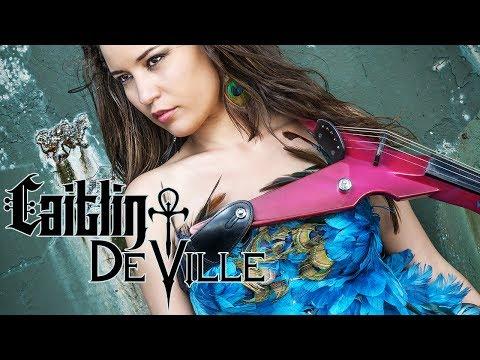 Caitlin De Ville - (Musik, Sound, Yamaha)