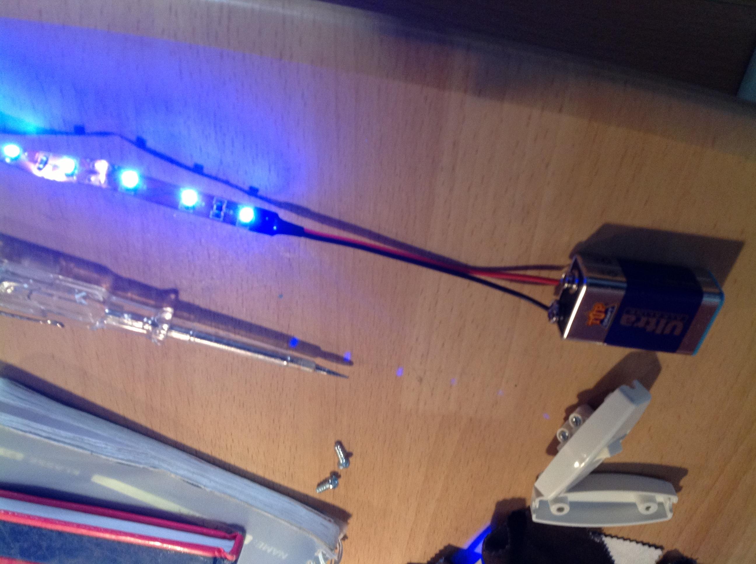 lichtschalter anschlie en 3 kabel lampe anschlie en und strom messen aber wie kabel elektrik. Black Bedroom Furniture Sets. Home Design Ideas