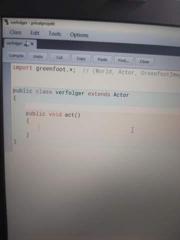 Wie kann ein Object ein anderes in Java Greenfoot verfolgen?