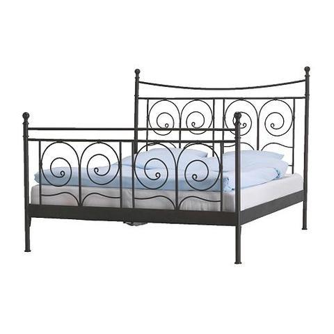 wie kann ich aus meinem bett ein himmelbett machen. Black Bedroom Furniture Sets. Home Design Ideas