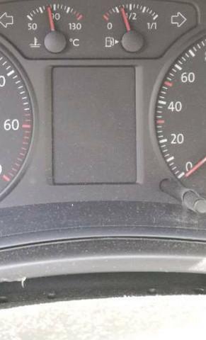 Wie kann ich bei meinem VW Polo 9N Baujahr 2006 1.2 12V diesen Multifunktionsanzeige einschalten?