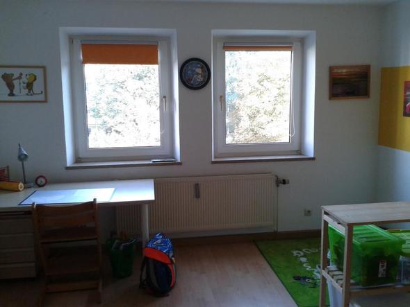 wie kann ich das kinderzimmer aufpeppen gestaltung. Black Bedroom Furniture Sets. Home Design Ideas