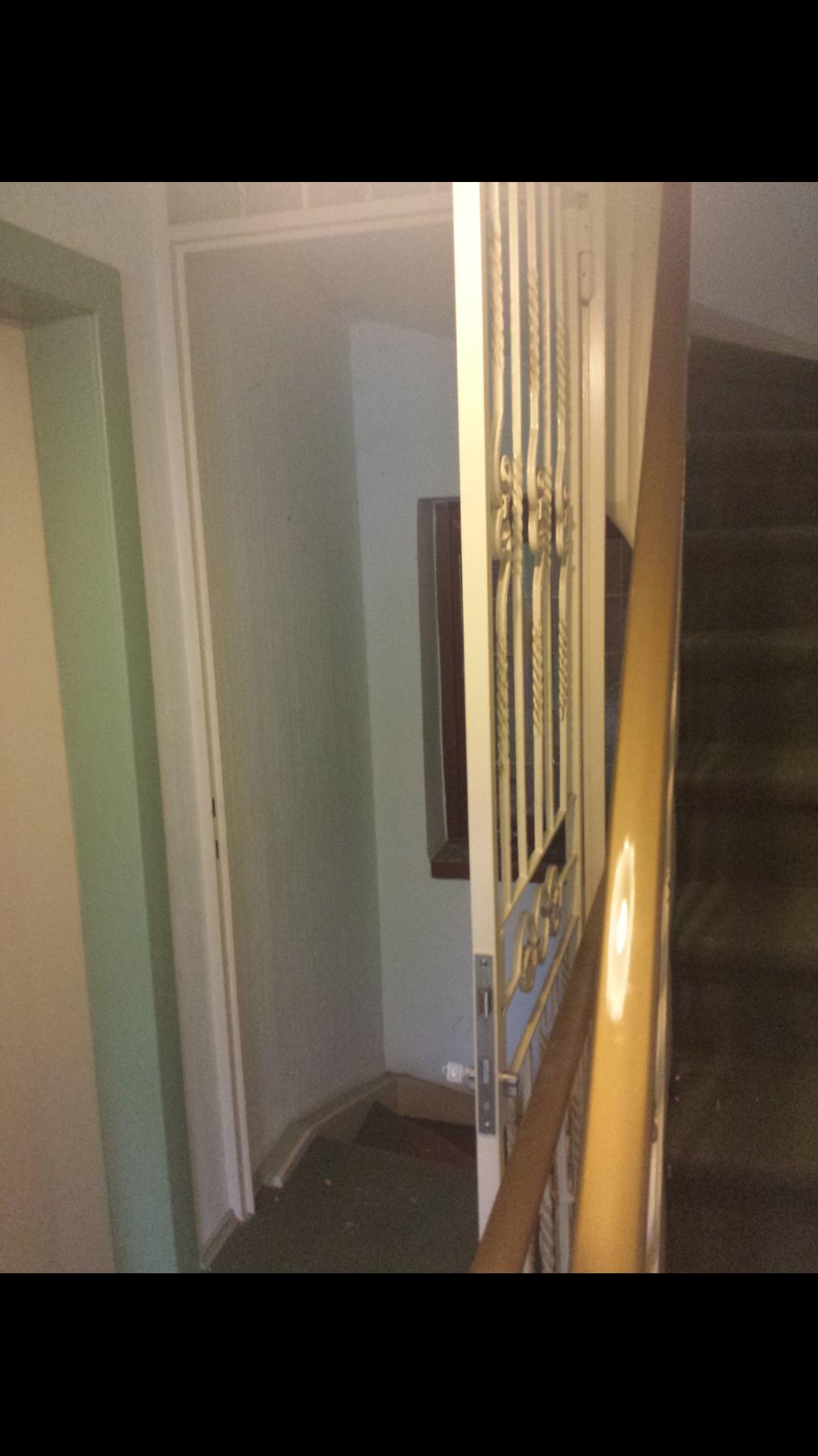 Offenes treppenhaus abtrennen  Wie kann ich das Treppenhaus abtrennen? (Haus, Wohnung, Etage)
